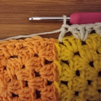 Making a granny border lie flat